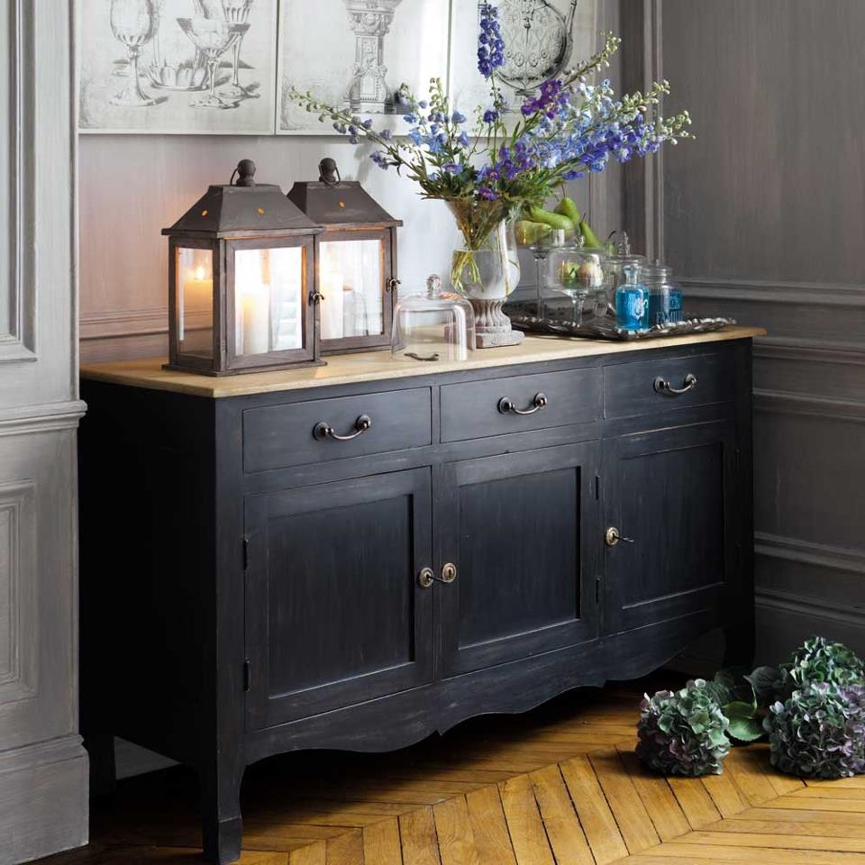 French country sideboard loveisabella for Repeindre un buffet